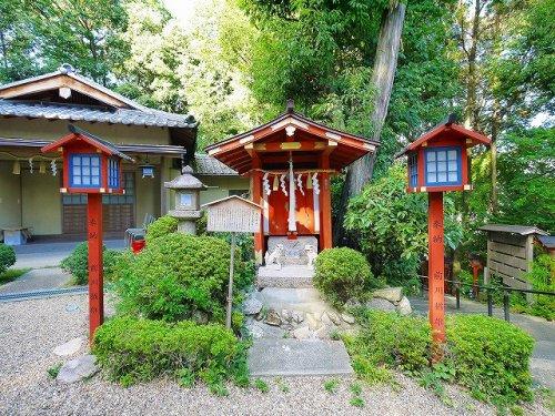 浅間神社(葛上神社内)の画像