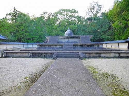唐招提寺 戒壇の画像