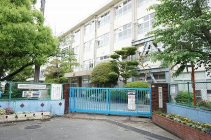 福岡市立西長住小学校の画像1