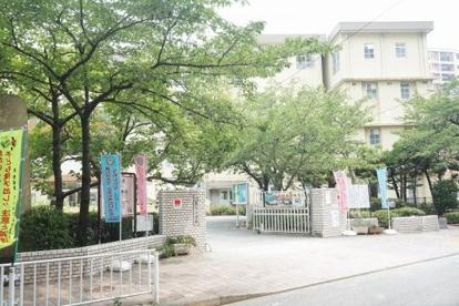 福岡市立馬出小学校の画像1