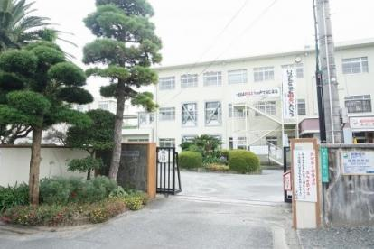 福岡中学校の画像1