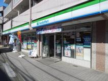 ファミリーマート 川越八幡通り店