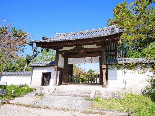 西大寺南門の画像