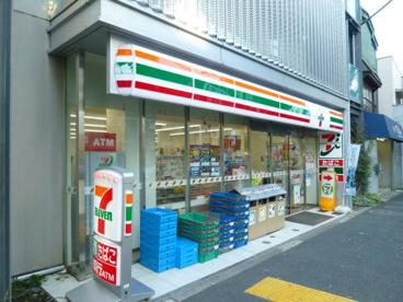 セブンイレブン 杉並桃井1丁目店の画像1