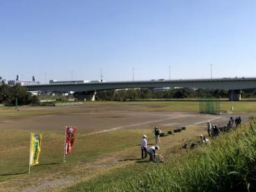 多摩川グラウンド球技場の画像1