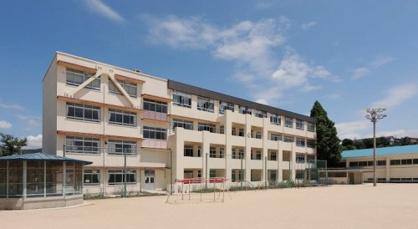 己斐小学校の画像1