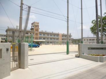 山本小学校の画像1