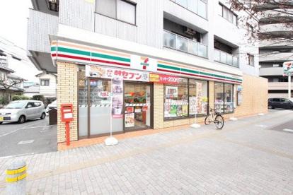 セブンイレブン 広島祇園新道店の画像1