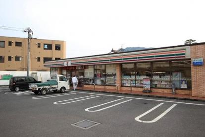 セブンイレブン 高取北店の画像1