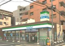 ファミリーマート 横浜新川町店