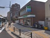 ファミリーマート 麻布運動場前店