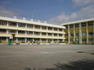 葛飾区立道上小学校の画像1