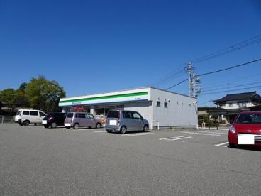 ファミリーマート 富山下坂倉店の画像4