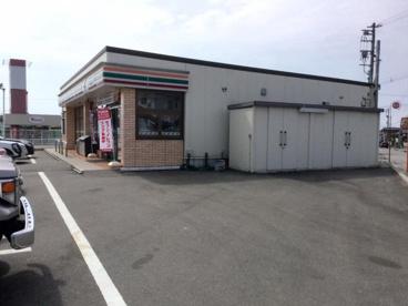 セブンイレブン 富山中川原店の画像1