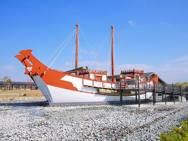 復元遣唐使船(平城宮跡)の画像
