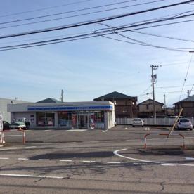 ローソン 富山山室中央店の画像1
