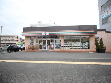 セブン-イレブン 厚木愛甲石田駅前店の画像1