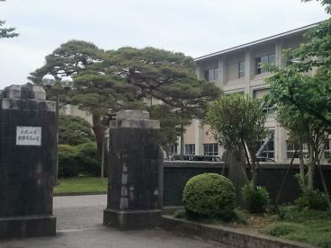 富山県立富山高校の画像1