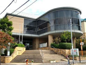 箕面市立西南図書館の画像1