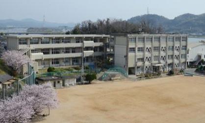倉敷市立上成小学校の画像1