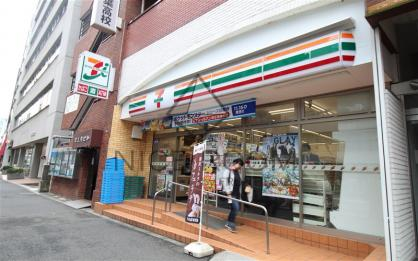 セブンイレブン 代々木駅北口店の画像1