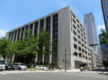 三菱UFJ銀行大阪中央支店の画像1