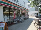 セブンイレブン本牧三渓園店