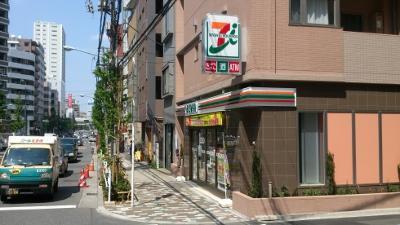 セブンイレブン 新宿山吹町店の画像1