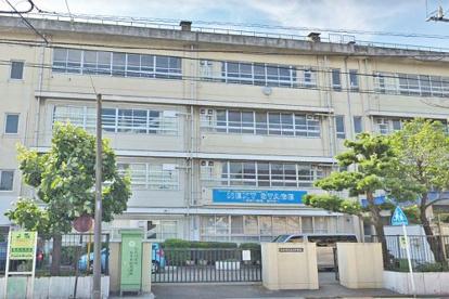 川崎市立渡田中学校の画像1