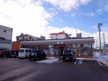 セブン-イレブン新潟神道寺店の画像1