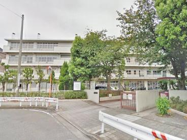 横浜市立大鳥中学校の画像1
