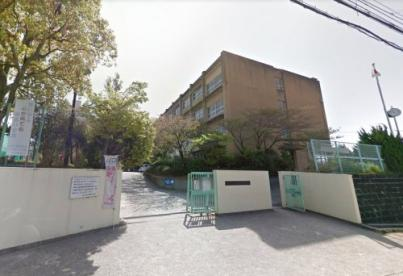 枚方市立楠葉中学校の画像1