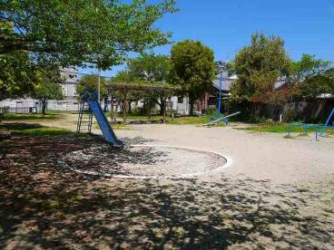 三条町街区公園の画像3