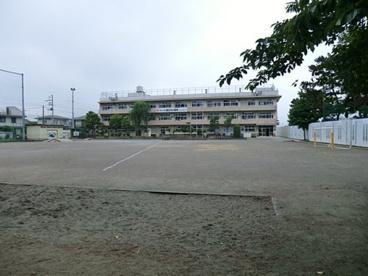 市川市立冨貴島小学校の画像1