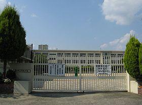 豊中市立原田小学校の画像1