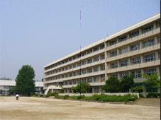鎌ケ谷市立第四中学校の画像1