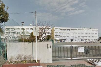 横浜市立西富岡小学校の画像1