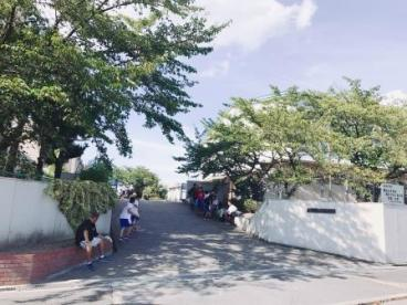 堺市立晴美台中学校の画像3