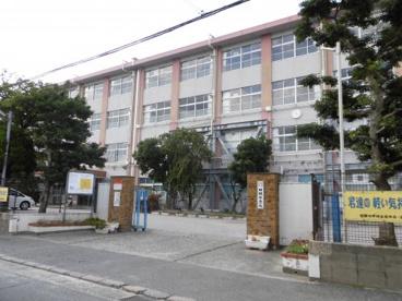 田隈中学校の画像1