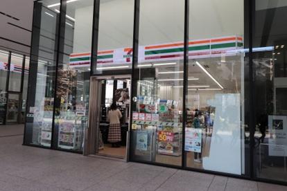 セブンイレブン 上野イーストタワー店の画像1