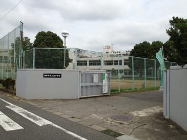 日野市立三沢中学校の画像1