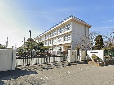 平塚市立真土小学校の画像1