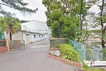 横浜市立都岡中学校の画像1