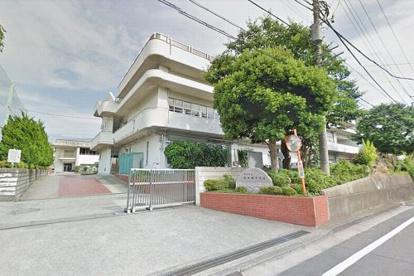 横浜市立西本郷中学校の画像1