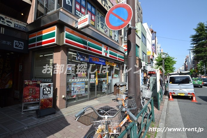 セブンイレブン 新宿大久保駅前店の画像