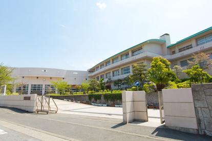 藤沢市立藤ケ岡中学校の画像1