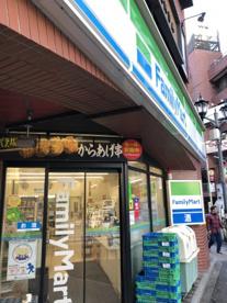 ファミリーマート 六本木東店の画像1