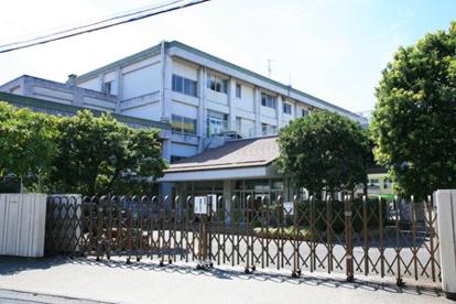 藤沢市立鵠沼小学校の画像1