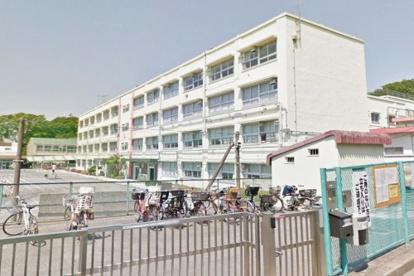 横浜市立長津田小学校の画像1
