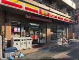 ニューヤマザキデイリーストア 城東東中浜店